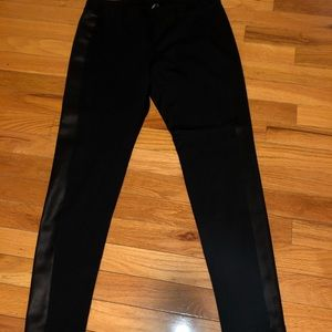 Leggings/ pant with side stripe